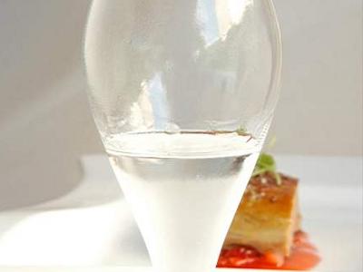 Foie gras con Fresas, Pimienta de Jamaica y Regaliz