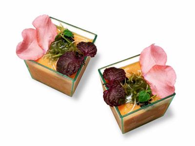 Salmorejo con brotes y flores (2006)