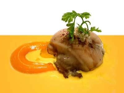 Oyster with pumpkin cream and saffron sauce (2003)