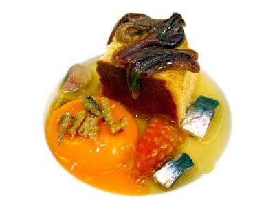 Huevo con huevas de sardina, pan y vapor de tomate (2005)