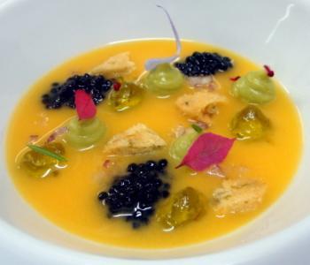 Ceviche, Caviar Beari, Pan de Lechuga de Mar y Gota de Aceite de Oliva