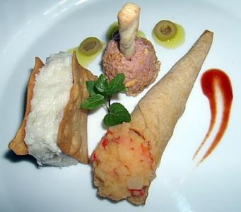 Mixtura de Foie de Pato al Pedro Ximenez, Crema de Bacalao con Aceitunas Verdes
