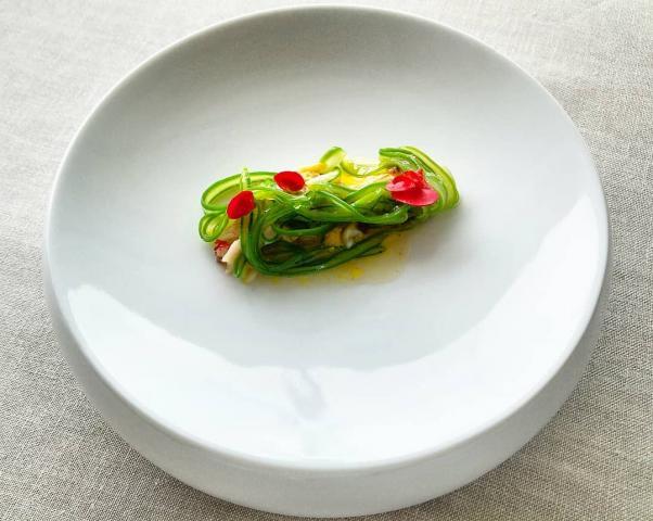 Nécora, judía verde y begonia