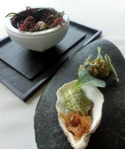 Ostra con Gel de Mar, Salicornia y Aromas Naturales Extraidos del Mar