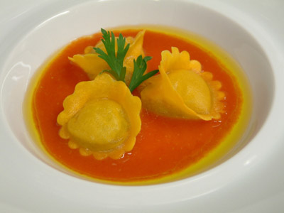 Ravioli filled with extra virgin olive oil, anchovy juice and pantelleria capers