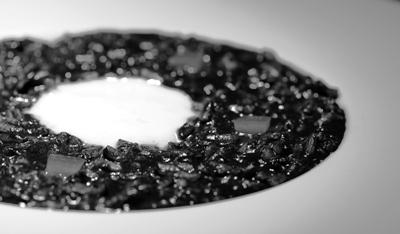 Risotto Negro de Sepia con Esfera de All i Oli