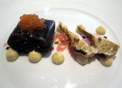 Salmón en gelatina de regaliz