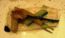 Lenguado a la manzanilla con rebozuelos y  verduras