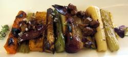 Tabla de Verduras Braseadas con Jamón de Pato y Foie Gras