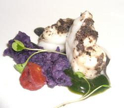 Rape confitado en aceite de olivas con aceitunas al orégano y puré de patatas vi