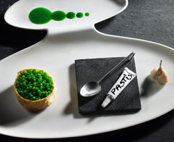 Caja de ancas de rana con caviar de perejil