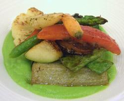 Verduras a la plancha con toffee de guisantes