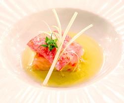 Salmonetes-Tomate, frutos de Salas, cebolla de fuentes y alberquina