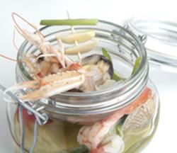 Albanella con crustáceos, verduras y moluscos