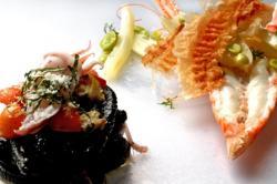 Strigoli con basilico, vongole calamaretti pennini e scampi al finocchietto con