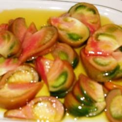 Ensalada de tomate raf con aceite de oliva virgen extra